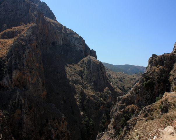 Topolia Gorge Kissamos Chania  Crete - Cretamap.com