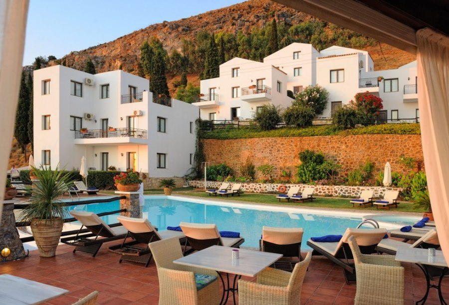 Creta blue suites koutouloufari hersonissos crete for Boutique hotel crete