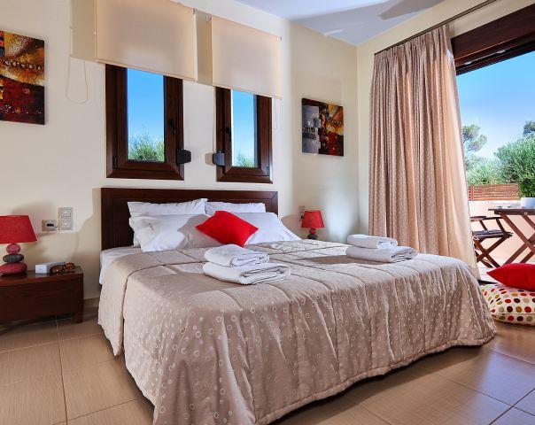 hotell erato platanias